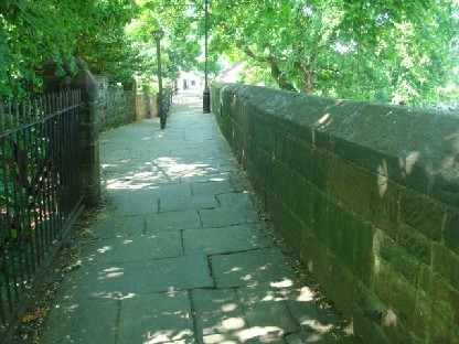 チェスターの城壁跡.JPG