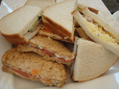 6.9ランチ:サンドイッチ.JPG